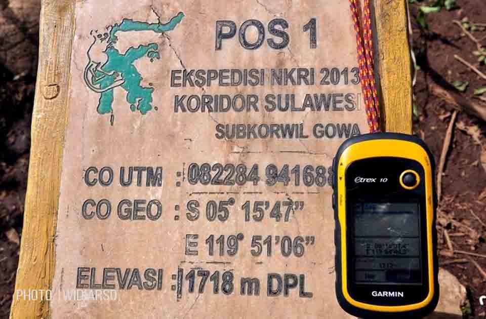 Perbedaan Koordinat, dengan selisih jarak udara sejauh 6.7 km