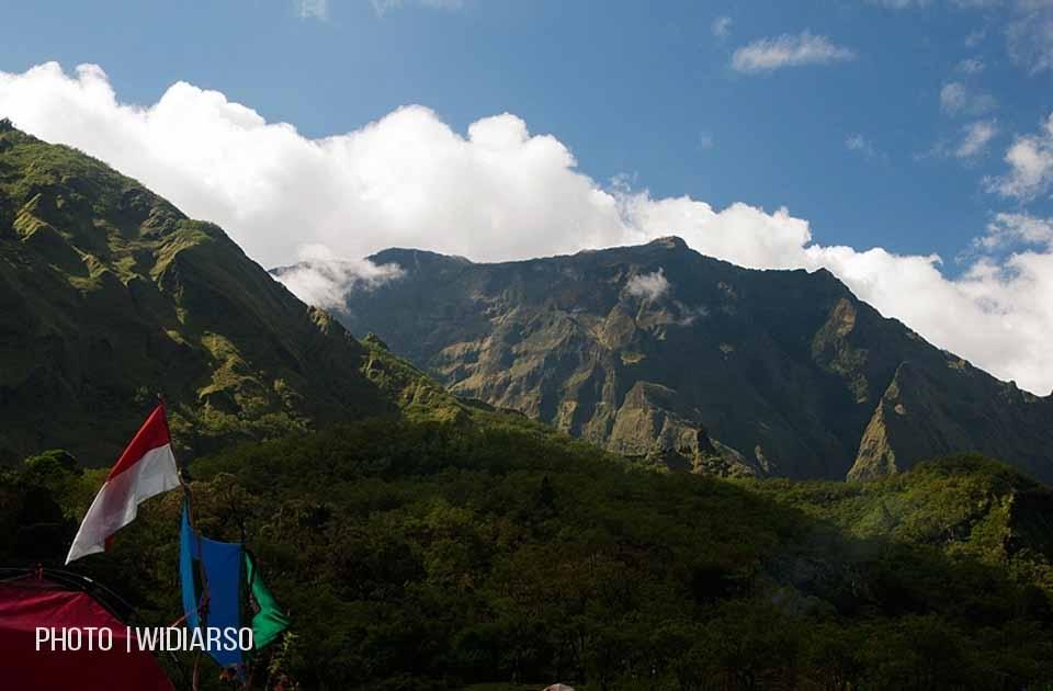 Merah Putih berkibar di Lembah Ramma Gunung Bawakaraeng