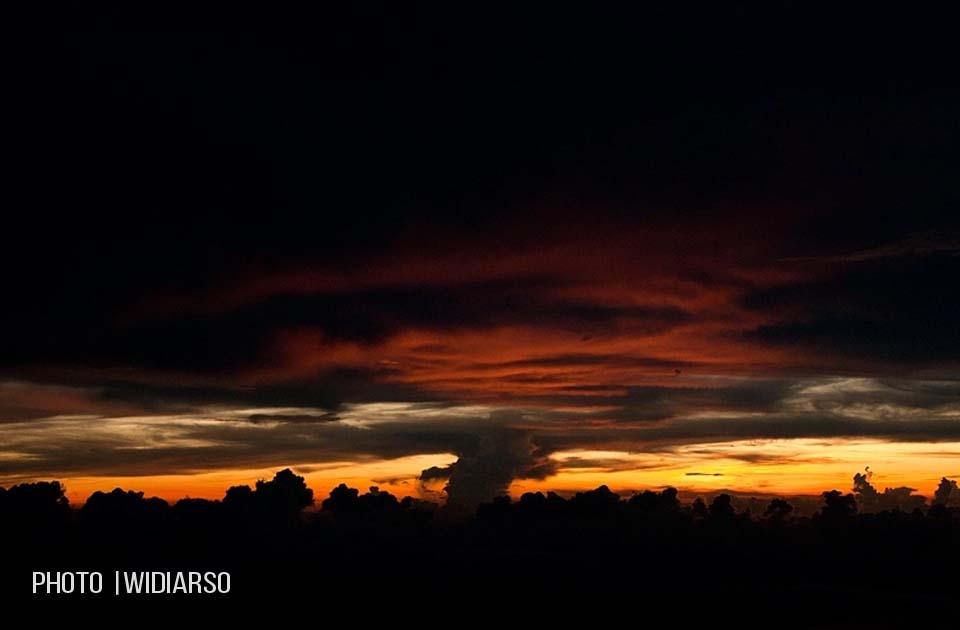 Sunset di Talung Gunung Bawakaraeng
